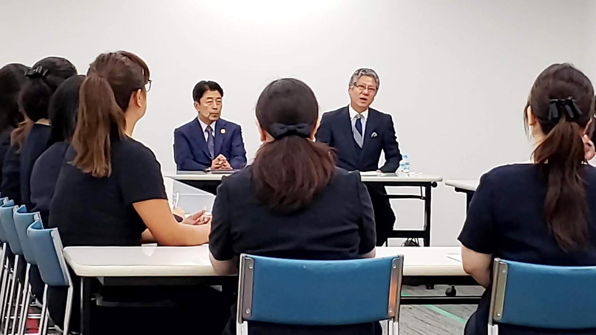 「椙山小合格を目指す保護者のための合格懇談会」の様子