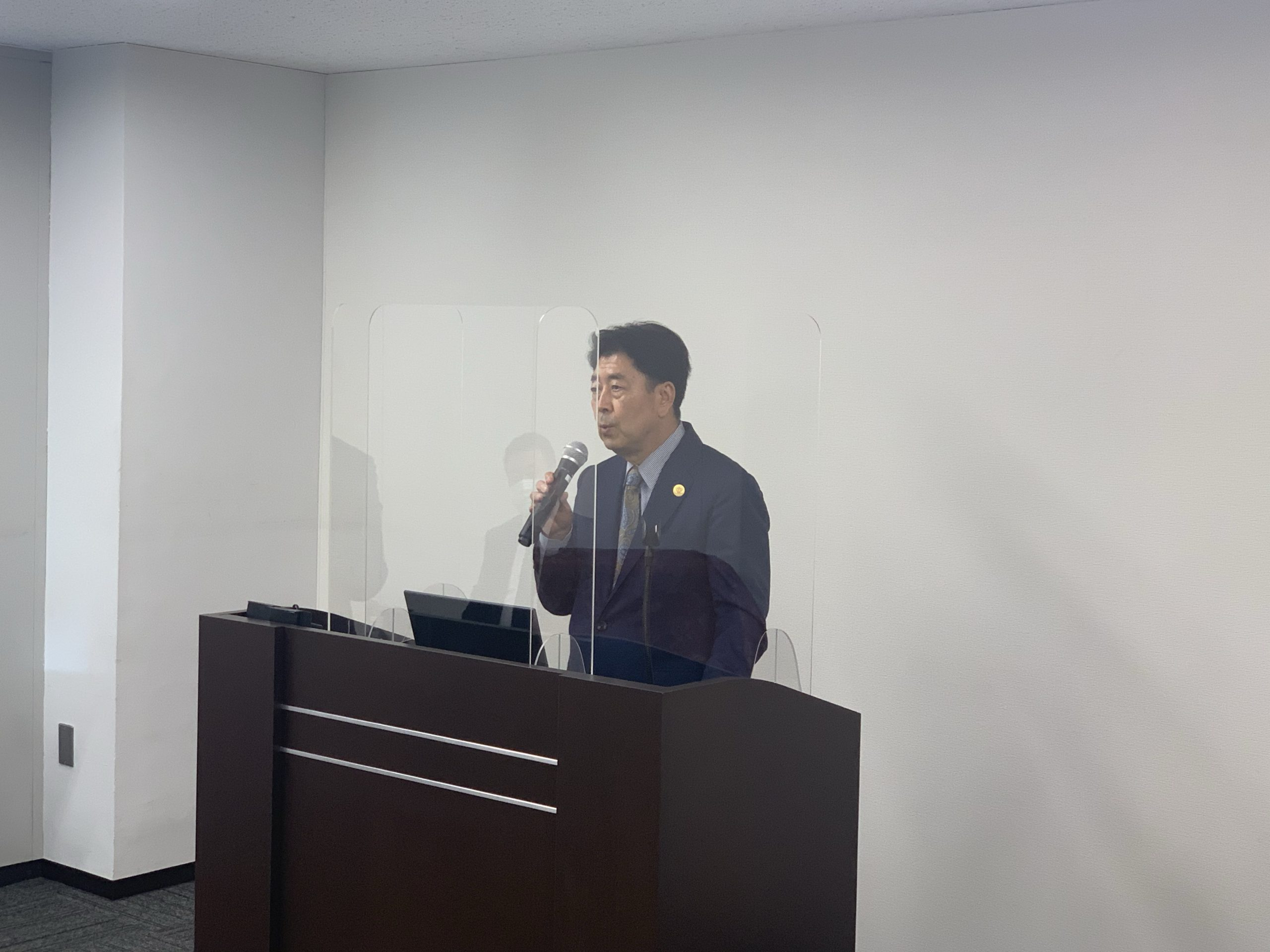 エコール・ドゥ・アンファン理事長 安田 講演の様子