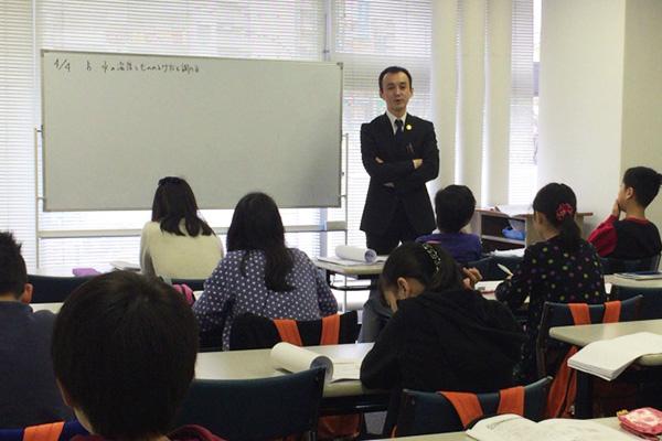 エコール・ドゥ・名大附授業の様子